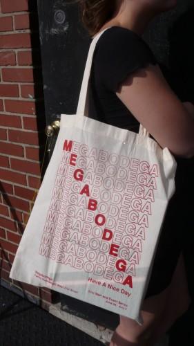 megabodega-tote